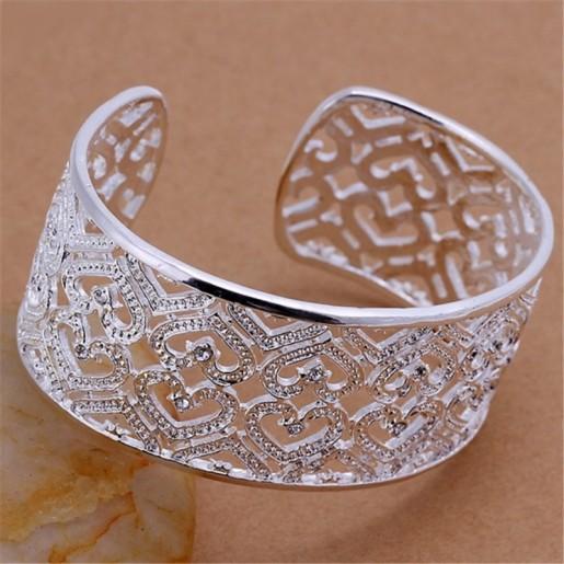 """Bracelet large plaqué argent """"Mes petits cœurs"""""""